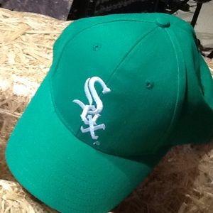 cdd24d980258e Miller Lite hat.  7  12. Size  OS · katieschwaab katieschwaab. 6.  Accessories - NWOT Chicago Sox Unisex Alternate Color Cap